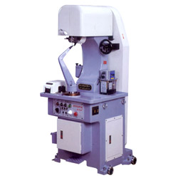 mackay stitcher with automatic lubrication systems