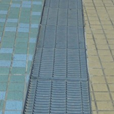 ditch covering gratings