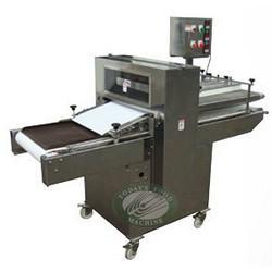dough crowss cutting machine