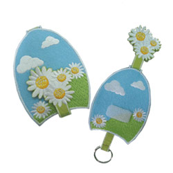 flower embroidered key holder