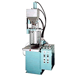 high precision trace injection molding machine