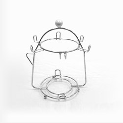 wire cup and saucer holder