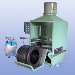 GREEN-TIRE-INNER-OUTTER-PAINTING-MACHINE