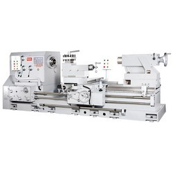 Heavy-Duty-Precision-Lathe-Machines