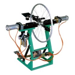 MANUAL-WHEEL-TRUEING-MACHINE