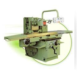 Universal-Milling-Machine