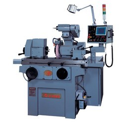 Universal-cylindrical-grinder