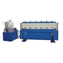 WELDED MESH SHEARING MACHINE