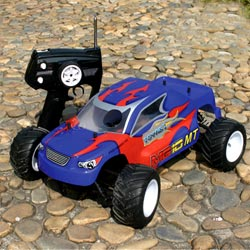 nitro powered 4wd trucks