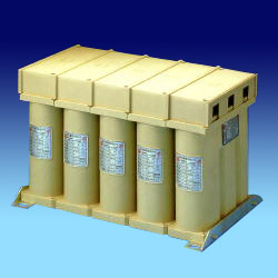 p series dry type power capacitors