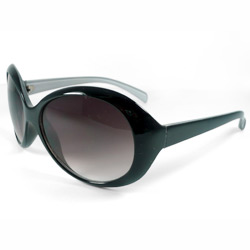 plastic fashion sunglasses