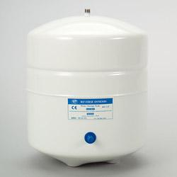 white metal pressure tanks